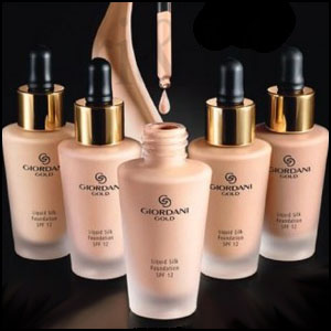 Giordani Gold Liquid Silk Foundation