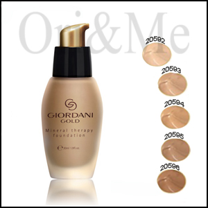 Giordani Gold Algo-mineral Foundation