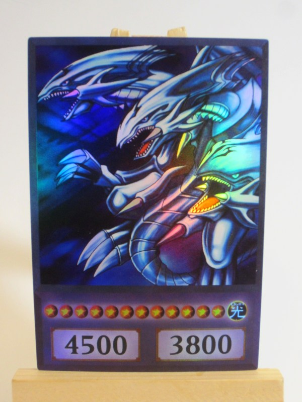 Ultimate Blue Eyes White Dragon Card