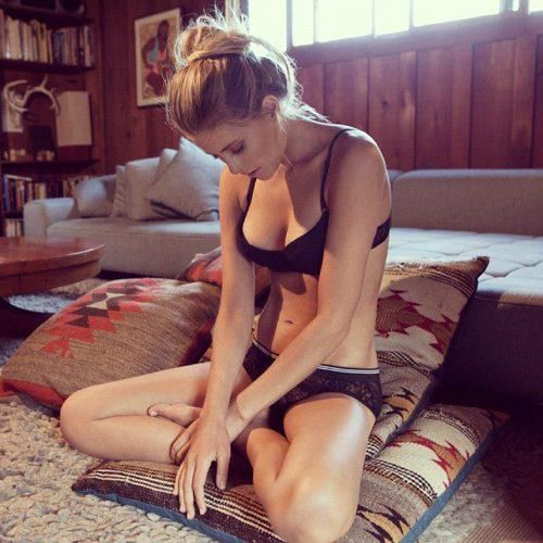 tantra-girls-yoga