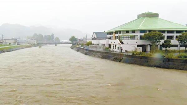 九州豪雨釀決堤116萬居民疏散 - 東方日報