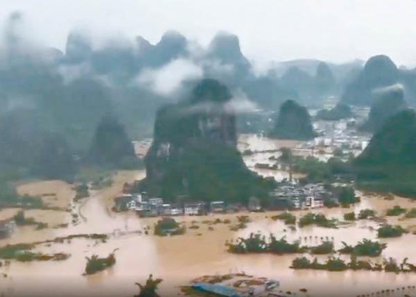 多省暴雨262萬人受災 廣西水庫洩洪 - 東方日報