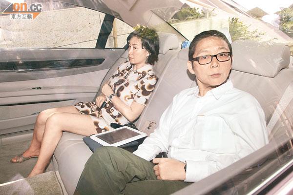 超瓊慌亂上錯俞琤車 - 東方日報