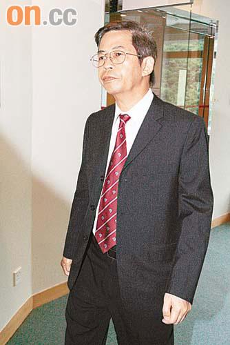西醫李世澧配錯藥停牌兩年 - 東方日報