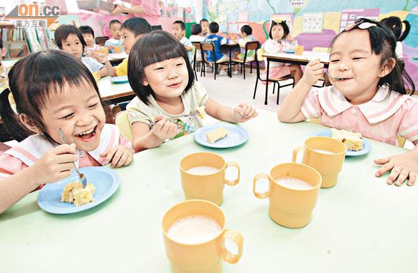 偏食童飲奶粉 短期改善營養 - 東方日報