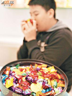 嗜甜加劇兒童活躍癥 - 東方日報
