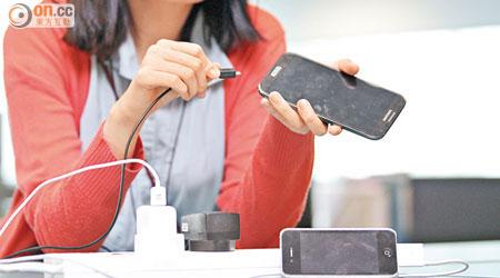 探射燈:手機三大隱患 變貼身炸彈 - 東方日報