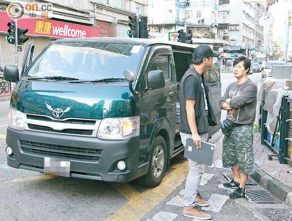 司機後座進擊 偷車賊爆窗逃 - 東方日報