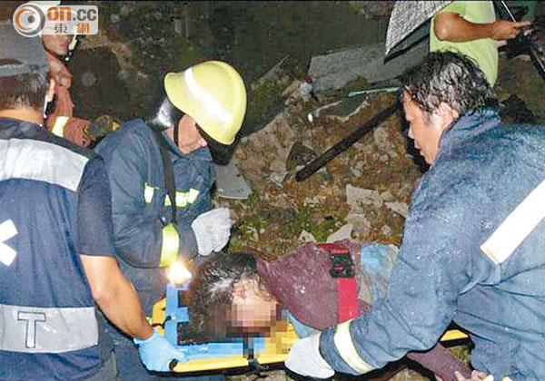 澎湖客機墜民居 47死11傷 - 東方日報