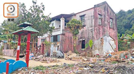 紅樓列暫定古蹟 獲一年保護期 - 東方日報