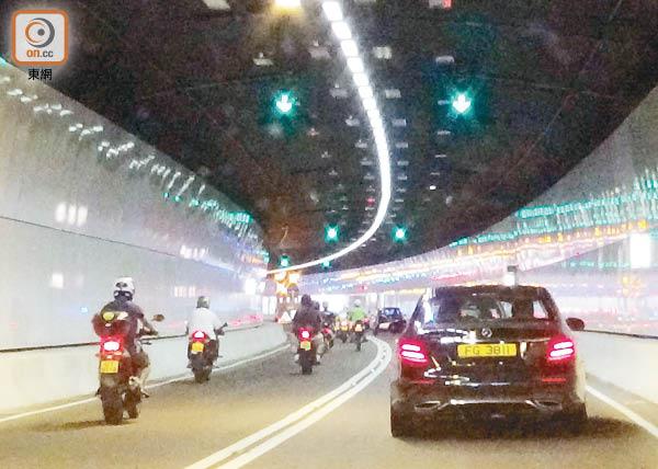 香園圍公路隧道段 一度揭AM信號差 - 東方日報