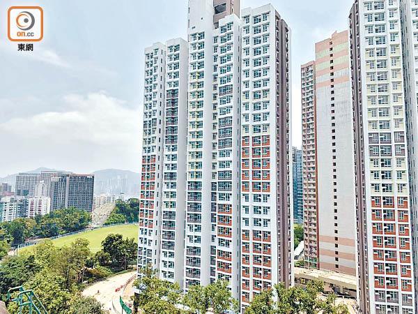 30萬申請爭4871居屋 今攪珠 - 東方日報