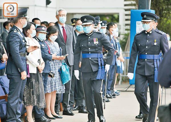未展警員編號裁違法 鄧炳強提上訴遏起底 - 東方日報