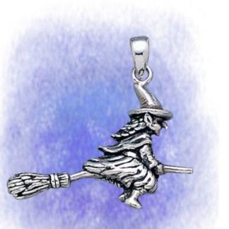 Anhänger Hexe auf Besen aus 925-Silber