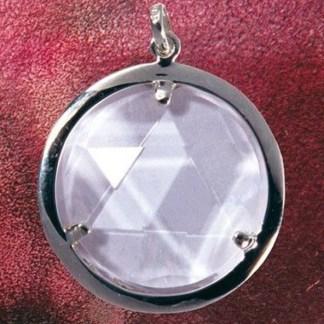 Anhänger Bergkristall-Medaillon - ein Schutzschild