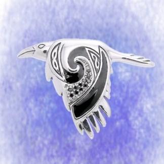 Anhänger Rabe fliegend aus 925-Silber