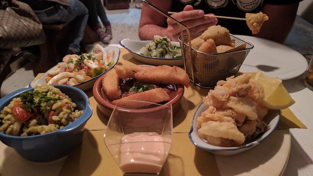 Zwiedzanie Apulii - co warto zobaczyć Otranto jedzenie