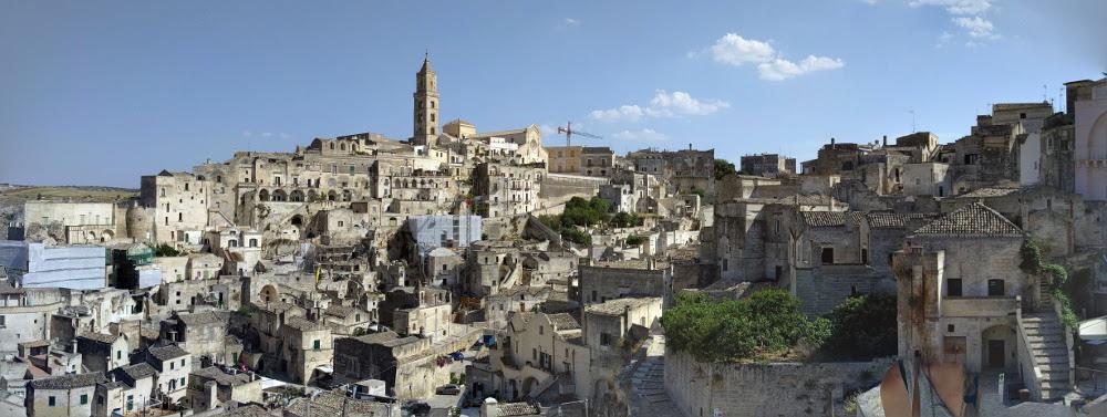 Zwiedzanie Apulii - co warto zobaczyć - Panorama Matery