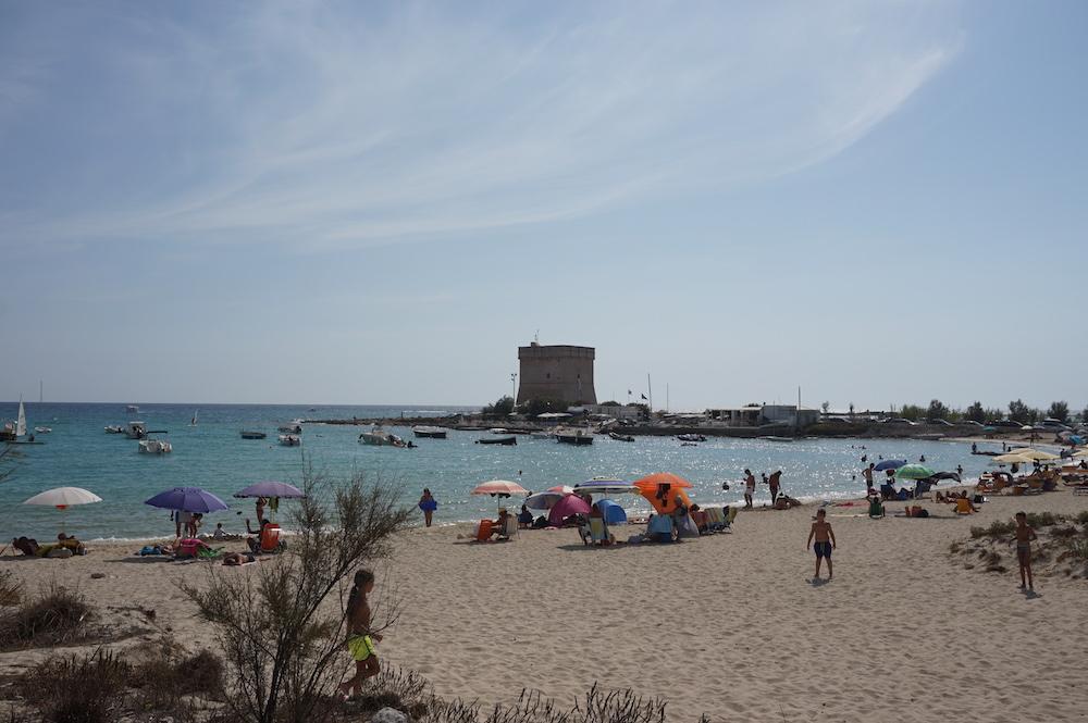 Plaże Apulii - Puglia co zobaczyć Torre Chianca (Torre Santo Stefano)