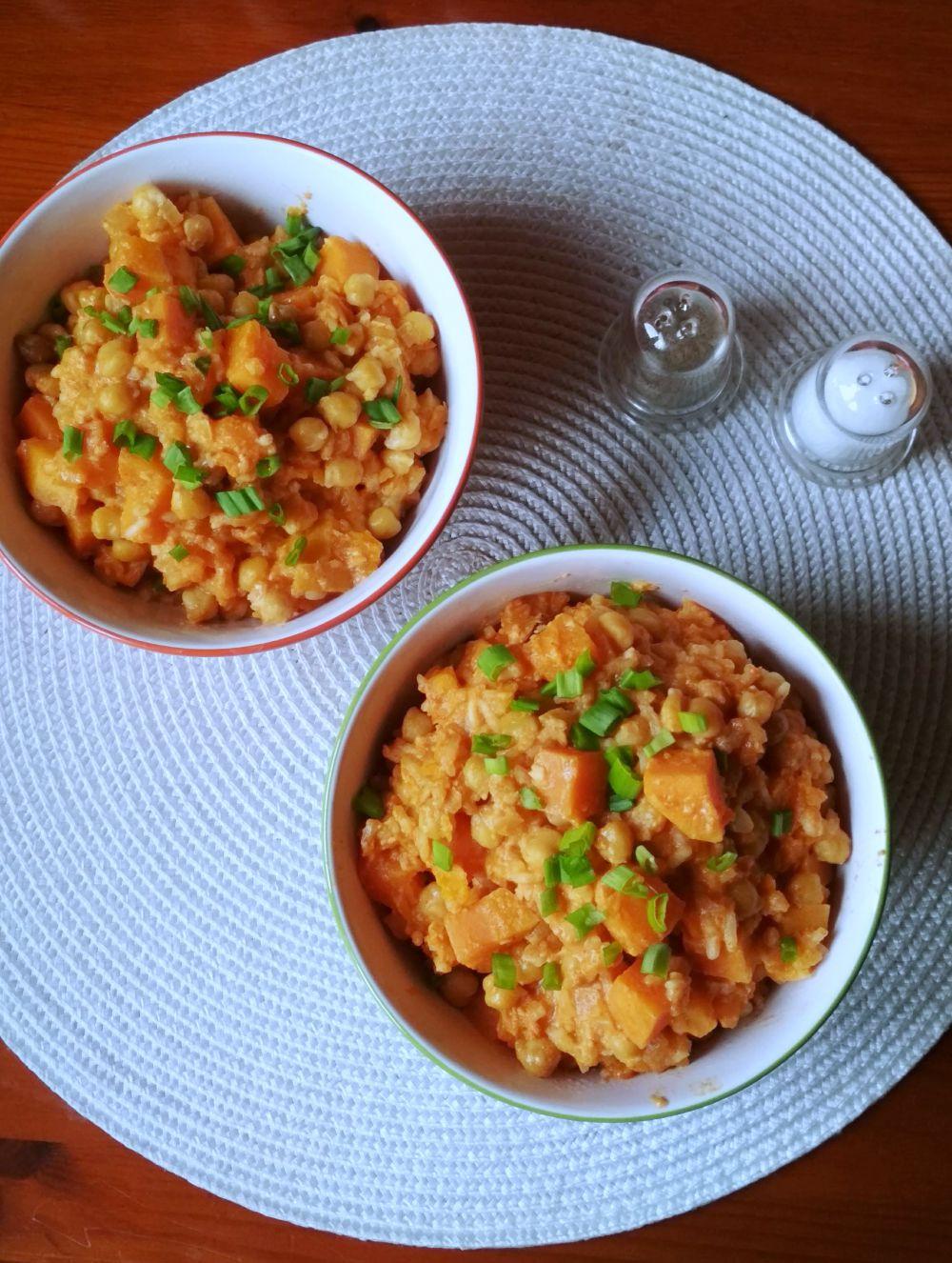 Przepis na curry z ciecierzycy i batatów danie jednogarnkowe
