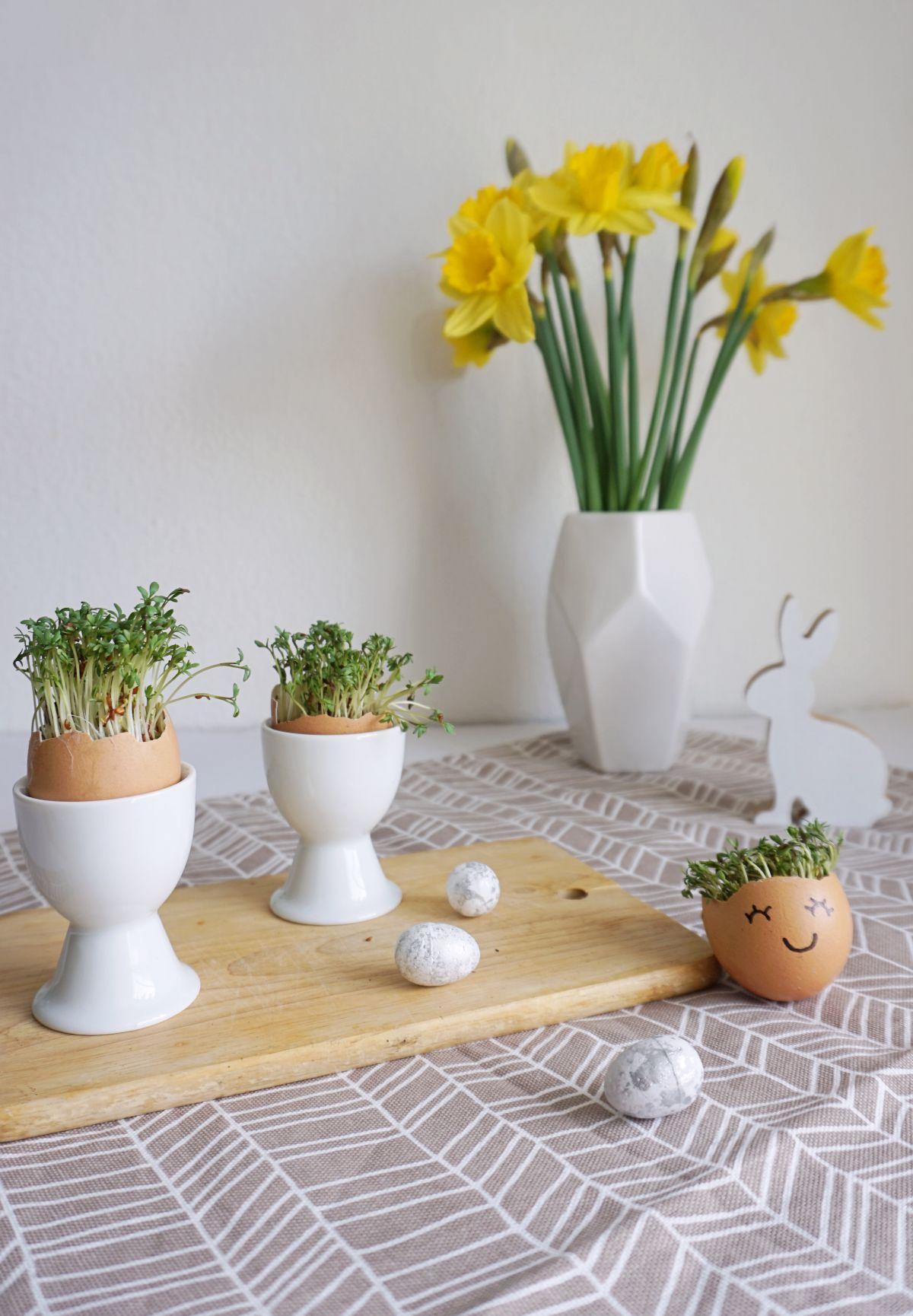DIY Wielkanocna dekoracja ze skorupek jaj
