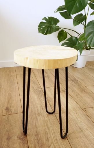 DIY Minimalistyczny stojak pod doniczkę
