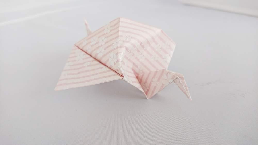 折り紙『風船すずめ』の折り方・作り方|簡単13ステップ《鳥シリーズ》