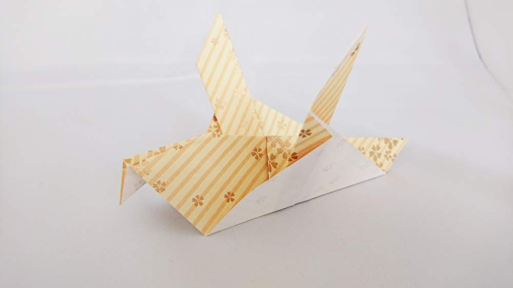 『ハト』の折り紙 折り方《鳥シリーズ》