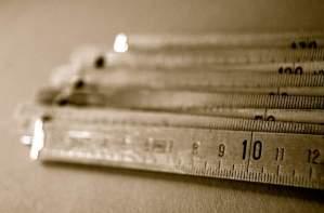 『尺』を使った熟語・慣用句・ことわざ・文 一覧