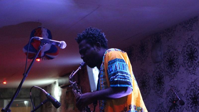 Concert Live de Isaac Kemo