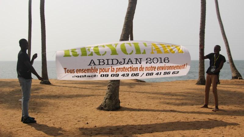 Recycl'Art Part 1 à Port Bouet, une commune d'Abidjan