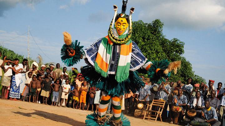 #25ansFHB – Le Zaouli inscrit au patrimoine culturel immatériel de l'humanité