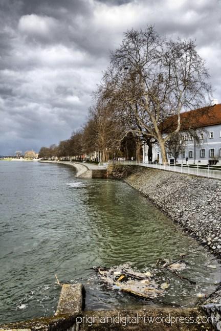 Slavonski Brod, Kej.