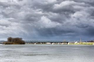 Slavonski Brod, most.
