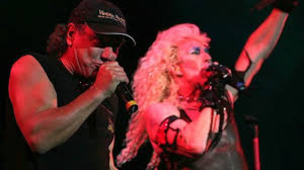 DEE SNIDER PUSHES FOR AC/DC TO PLAY THE SUPERBOWL. - OriginalRock.net