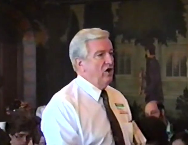 Hugh McGraw described T. J. Denson's final lesson at the 1990 convention of the United Sacred Harp Musical Association, held in Chicago, Illinois. McGraw then led