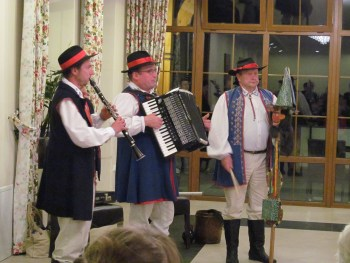 "Kashubian musicians on the clarinet, accordion, and a percussion instrument called the ""devil's violin."" Photograph by Linda Thomas."