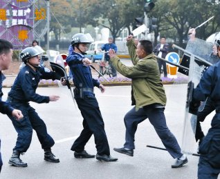 china-knife-attack_1574679i