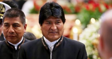 Bolivia court allows President Morales to run for fourth