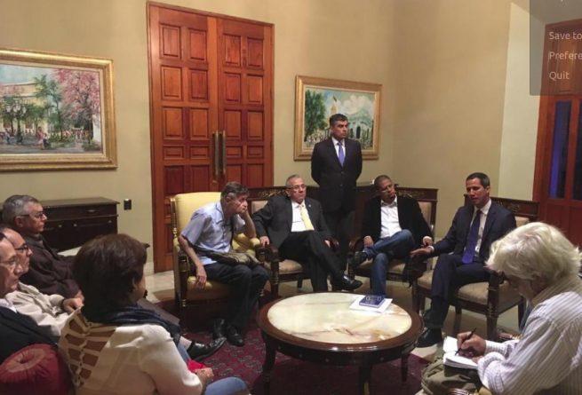 """Critical Chavismo"" met with Guaido"