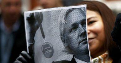 Assange Deserves Nobel Prize Instead of Imprisonment – Alfred de Zayas (Interview)