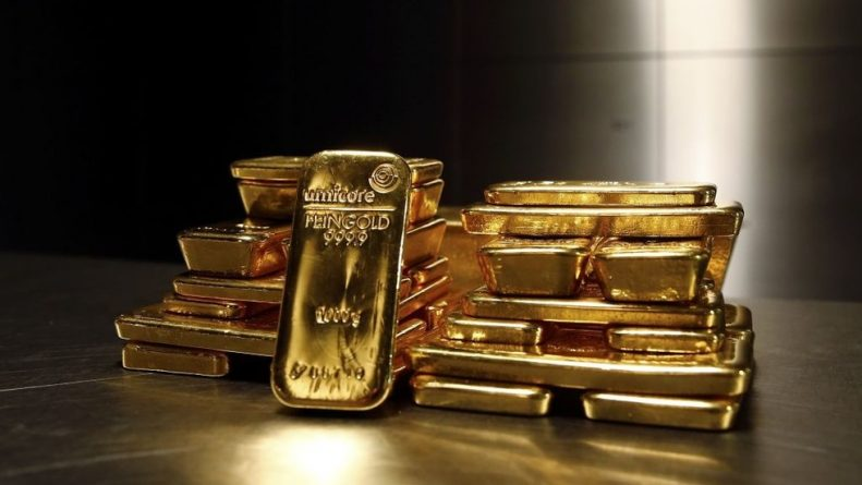 Bye Bye Dollar! Buy Buy Gold! Russia Fills Vaults With Another 600,000 Ounce