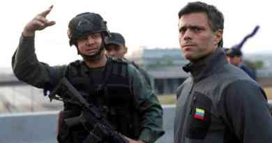 The Coup d'Etat Fails: Perpetrators Take Refuge in Embassies of Brazil and Chile