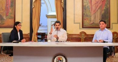Maduro Denounces Citgo's Theft by the US Illegally Indebting it For $ 1.3 Billion