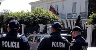 Venezuela Withdraws Diplomatic Credentials to Costa Rica's Charge D'Affaires and Warns About Reciprocal Actions