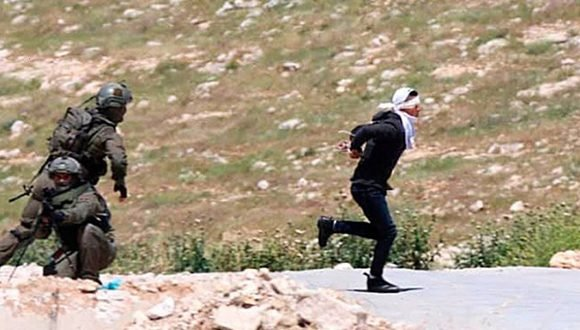Israeli Soldier Shoots 15-Year-Old Palestinian Boy, Bound and Blindfolded