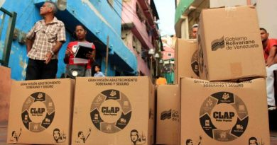 The Bolivarian National Militia Joins CLAP Food Distribution