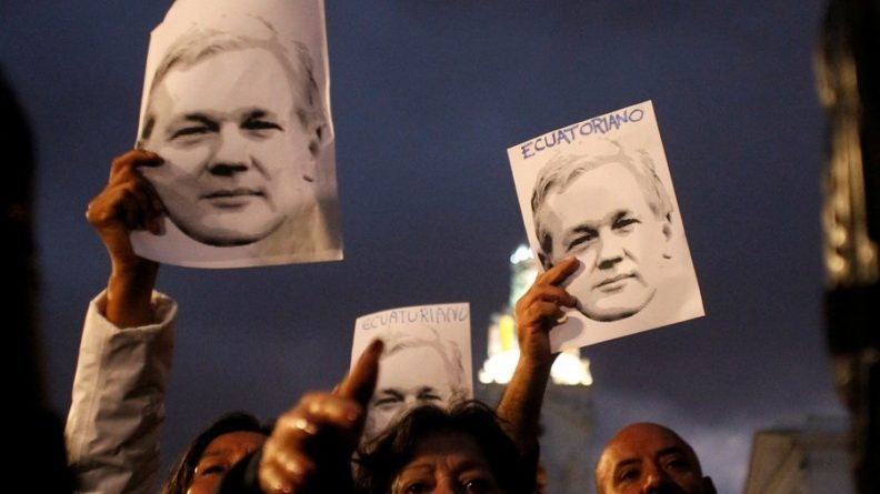 """Julian Assange's Mother Condemns UK  for """"Unlawfully Slowly Killing my Son"""""""