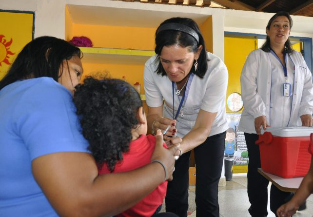 Venezuelan Government will Vaccinate More Than 600 Thousand Children in Spite of the Blockade (Free of Charge)