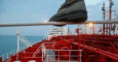 Iran: The US and the UK Cannot Even Dream of Controlling Hormuz